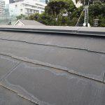 経年劣化による棟包みの板金の釘抜けにより突風で飛ばされ雨漏りの原因になります